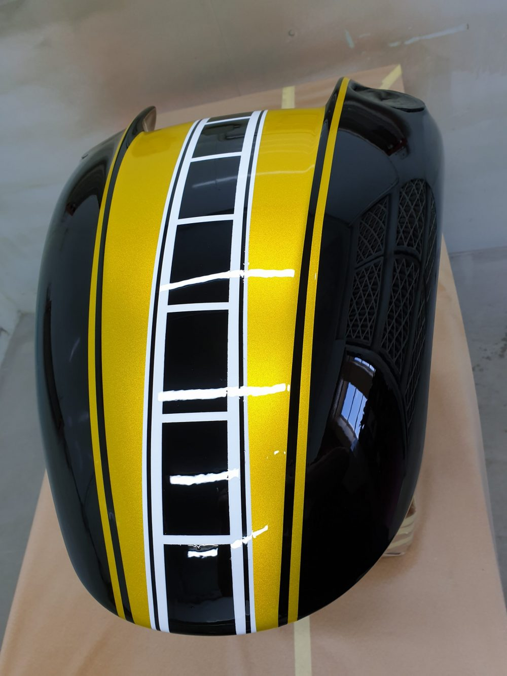 Our take on the vmax anniversary paint work using BUMBLE BEE CANDY YELLOW, BLACK & WHITE GROUND COATS