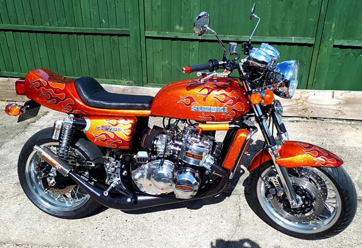 Picture motorbike orange with flames